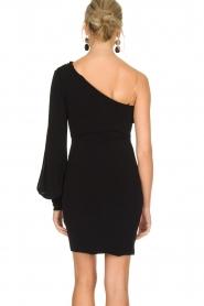 Patrizia Pepe | One sleeve jurk Mea | zwart  | Afbeelding 5