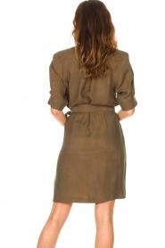 Dante 6 |  Dress with tie waistbelt Benthe | green  | Picture 7