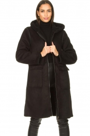 Set |  Faux lammy coat Rail | black  | Picture 2