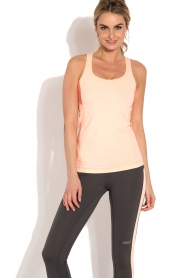 Casall | Sporttop Structured | neonroze  | Afbeelding 4