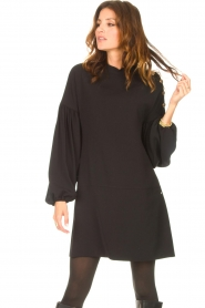 Kocca |  Dress with balloon sleeves Lynn | black  | Picture 5
