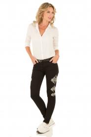 NIKKIE | Skinny Jeans Graphic lengtemaat 30 | zwart  | Afbeelding 3