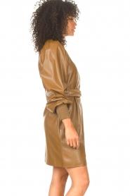 Kocca    Faux leather dress Ancilla   camel    Picture 6