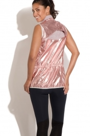 Casall |  Sleeveless sports jacket Metallic | pink  | Picture 5