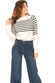 Kocca    Knitted sweater with striped Silvana   natural    Picture 5