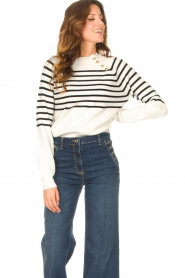 Kocca    Knitted sweater with striped Silvana   natural    Picture 4
