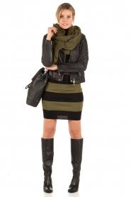 NIKKIE | Turtleneck jurk Jolie | groen  | Afbeelding 3
