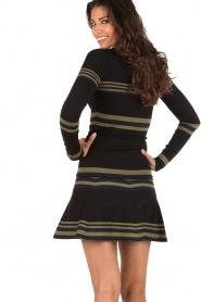 Top Stripe | black
