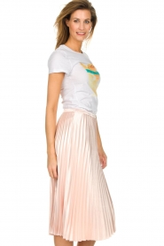 Silvian Heach |  Shiny skirt Guaroyos | pink  | Picture 5