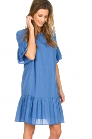 Silvian Heach |  Dress with ruffles AKHIOK | blue  | Picture 2
