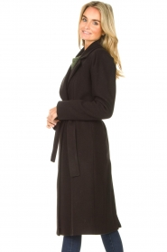 Kocca    Cloak coat with tie belt Azekel   black    Picture 6