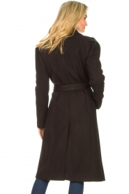 Kocca    Cloak coat with tie belt Azekel   black    Picture 7