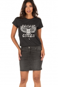 NIKKIE | T-shirt Mean Girls | antraciet  | Afbeelding 2