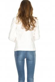 Silvian Heach | Blazer met decoratieve knopen Windami | wit  | Afbeelding 5