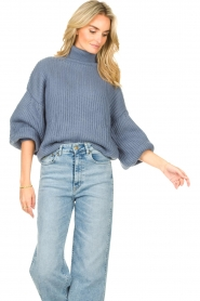 Kocca |  Knitted sweater with lowered sleeves Ulisse | blue  | Picture 5