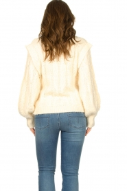 Sofie Schnoor |  Soft sweater with shoulder details Tereza | natural  | Picture 6