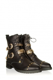 Sofie Schnoor :  Leather boots with gold coloured buckles Kate | black - img3