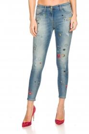 ELISABETTA FRANCHI | Jeans met verf versieringen Ava | blauw  | Afbeelding 3