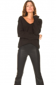 Be Pure |  Knitted V-neck sweater Lilly | black  | Picture 4