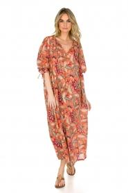 Antik Batik | Maxi-jurk Kalao | oranje/rood  | Afbeelding 3