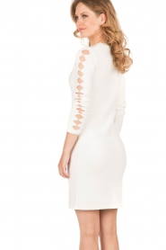 NIKKIE |  Fitted dress Jula | white   | Picture 5