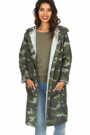 Becksöndergaard |  Rain coat with camo print Magpie | green  | Picture 2