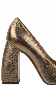 L'Autre Chose |  Metallic pumps Coco | gold  | Picture 5