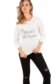NIKKIE | Sweater I Wont Cry | wit   | Afbeelding 2