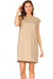 Notes Du Nord |  Dress with padded sleeve cuffs Porter | beige  | Picture 6