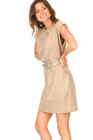 Notes Du Nord |  Dress with padded sleeve cuffs Porter | beige  | Picture 5