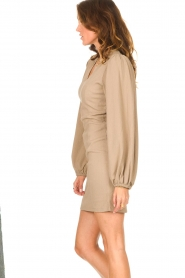 Notes Du Nord    Crêpe dress with puff sleeves Venus: beige    Picture 5