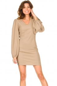 Notes Du Nord    Crêpe dress with puff sleeves Venus: beige    Picture 2