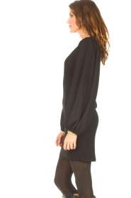 Notes Du Nord |  Crêpe dress with puff sleeves Venus: black  | Picture 7