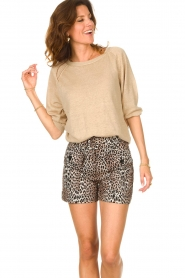 Notes Du Nord |  Leopard printed short with belt Vicky | animal print  | Picture 2