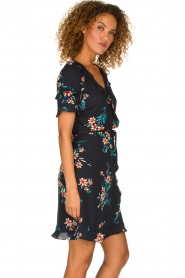 Kocca |  Wrap dress with florals Accro | black  | Picture 4