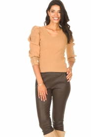 Les Favorites |  Sweater with puff sleeves Lucy | camel  | Picture 2