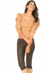 Les Favorites |  Sweater with puff sleeves Lucy | camel  | Picture 5