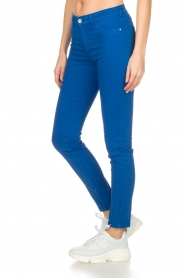 Kocca |  Coloured skinny jeans Sofie | blue  | Picture 4