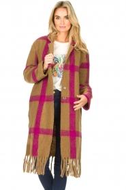 Les Favorites |  Checkered cardi-coat Aukje | camel  | Picture 4