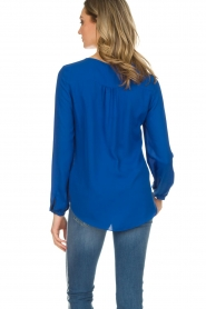 Kocca |  Top with small ruffles Drano | blue  | Picture 4
