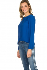 Kocca |  Top with small ruffles Drano | blue  | Picture 3