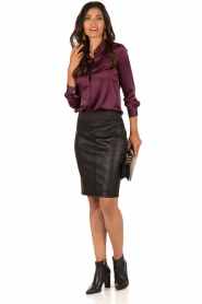 Style Butler | Zijden blouse Maryse | aubergine  | Afbeelding 3