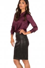 Style Butler | Zijden blouse Maryse | aubergine  | Afbeelding 4