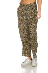 Kocca |  Wide leg leopard print trousers Boise | animal print  | Picture 4