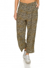 Kocca |  Wide leg leopard print trousers Boise | animal print  | Picture 3