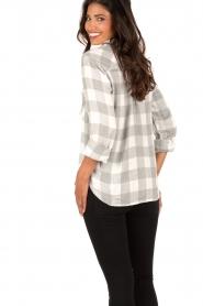 Bella Dahl | Flanellen blouse Check | grijs  | Afbeelding 5