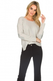 Not Shy | Cashmere sweater Marit | grey  | Picture 4