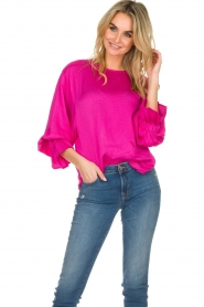 Essentiel Antwerp |  Top with playful sleeves Soul | pink  | Picture 4