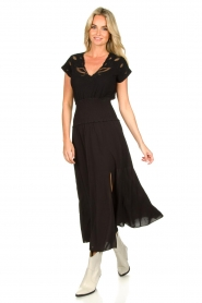 Louizon |  Emrboidered top Adalyna | black  | Picture 2