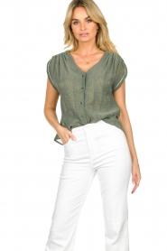Louizon |  V-neck blouse Albert | green  | Picture 2
